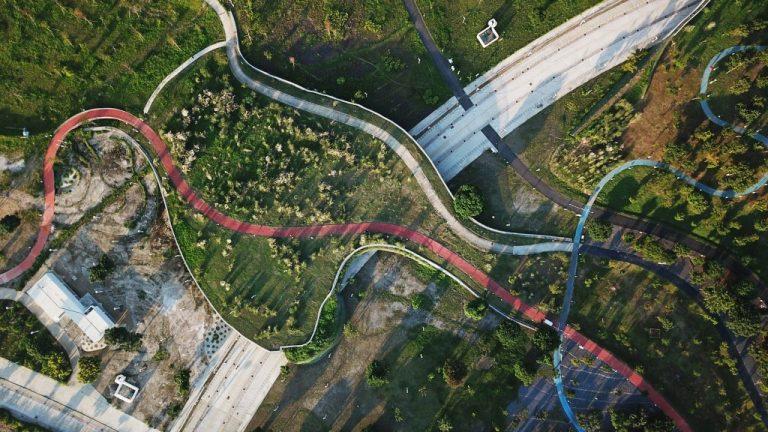phase shifts park mosbach paysagistes landscape architecture taiwan dezeen 1704 hero b 1024x576